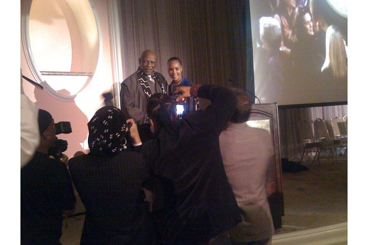 Lou Gossett, Jr. accepts the CIMA Award from Viveca A. Fox