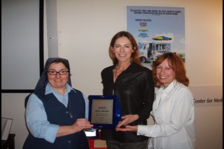 Sr. Rose, Kathryn Bigelow with the SIGNIS Award, and Nanciann Horvath of Open Call at the Paulince Center for Media Studies on February 3, 2009